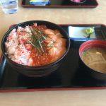 羅臼で新鮮で美味しい海鮮丼を堪能!知床食堂